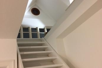 Indendørs malerarbejde trappe Præstø